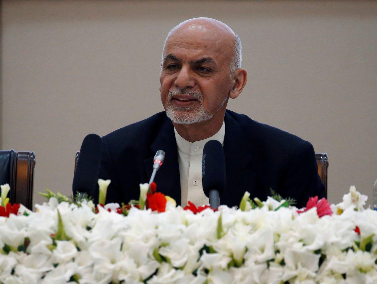 Afghanistans Präsident bietet Taliban Waffenruhe an
