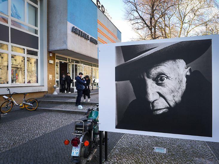 """Das C/O Berlin ist eine renommierte Fotogalerie und kein Boulevardblatt - wenn sie eine Ausstellung mit """"Der Jahrhundertfotograf"""" ankündigt, ist das also keine marktschreierische Übertreibung."""