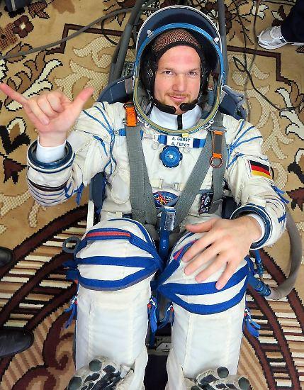 """Der deutsche Esa-Astronaut Alexander Gerst startet mit einer """"Sojus""""-Rakete zur Internationalen Raumstation ISS - seine zweiter Langzeitaufenthalt auf der Raumstation. Dort wird er nicht nur herumschweben, sondern sich vor allem der Forschung widmen."""