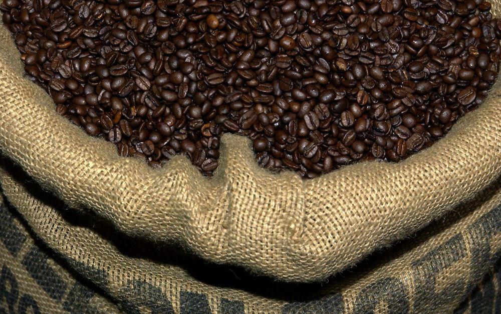 preise lassen r ster st hnen kaffee wird immer teurer n. Black Bedroom Furniture Sets. Home Design Ideas