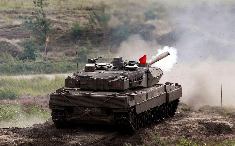 saudi arabien will 200 leopard panzer deutschland genehmigt export n. Black Bedroom Furniture Sets. Home Design Ideas