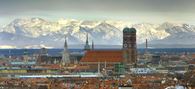 1966 war die Entscheidung gefallen: Das Internationale Olympische Komitee vergab die Olympischen Spiele 1972 nach München. Die Stadt besaß bis dahin jedoch keinerlei große Sportbauten.