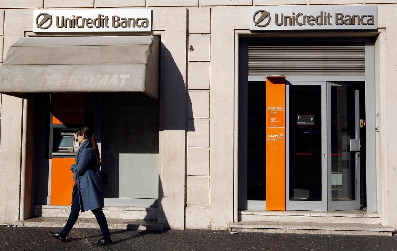 Die abermalige Herabstufung Spaniens und die Unsicherheit An den europäischen Börsen rutschten die Aktien von Nokia um 17,8 Prozent auf 1 Rom.