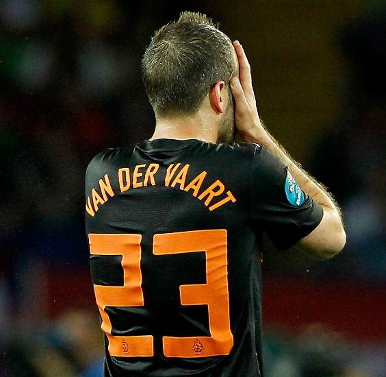 Bei der Fußball-Europameisterschaft mochte Rafael van der Vaart ein ums andere Mal am liebsten gar nicht mehr hinsehen. Dabei ...