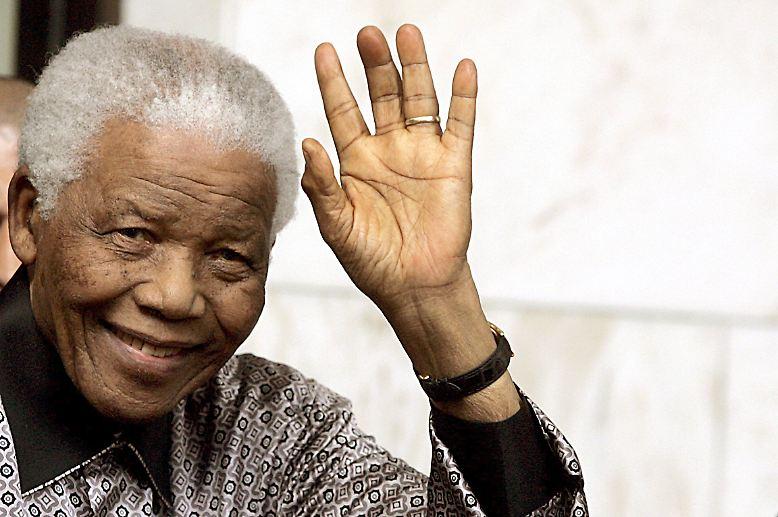 Er ist immer noch da: Nelson Mandela, das südafrikanische Freiheitsidol, feiert am 18. Juli 2012 seinen 94. Geburtstag.