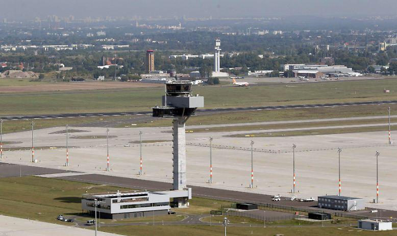 Fluglärm am neuen Hauptstadtflughafen: Die planmäßige Eröffnung im Sommer ist geplatzt, doch in Berlin-Schönefeld herrscht trotzdem Hochbetrieb. Was ist da los?