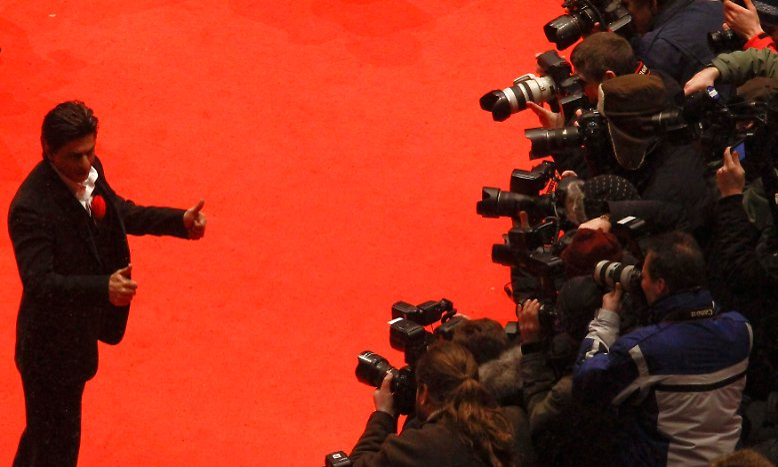 Zwei Jahre nach seinem umjubelten Besuch bei der Berlinale kommt Bollywood-Superstar Shah Rukh Khan erneut zu den Internationalen Filmfestspielen in Berlin.