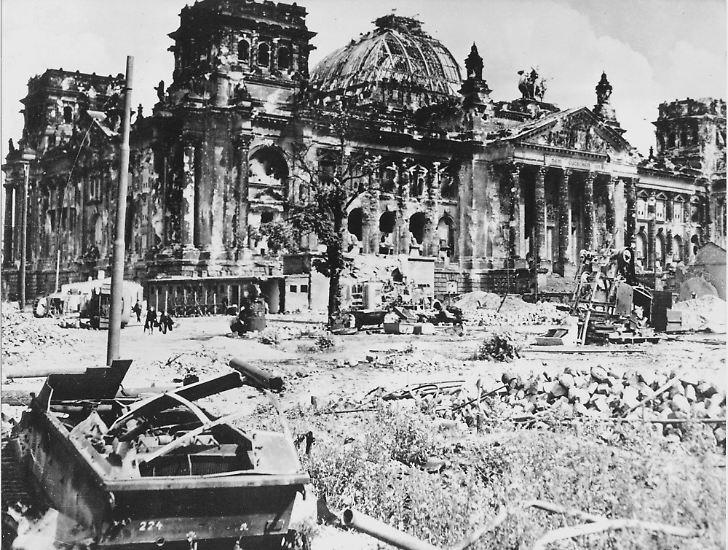 Deutschland im Mai 1945: Stunde Null in einem vom Krieg völlig zerstörten Land.