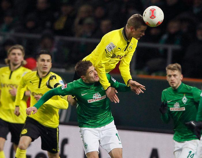 Der Meister aus Dortmund trumpfte beim Rückrundenstart in meisterlicher Form auf. Bei der 5:0-Gala im Weserstadion spielte das starke schwarz-gelbe Mittelfeld mit den Bremern Katz und Matz.