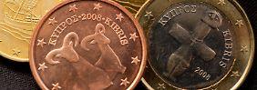 Händler schauen in die Zins-Zukunft: Euro fällt auf neues Tief