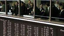 Deutsche-Bank-Gewinn überrascht: Dax sucht die Richtung