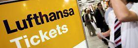 Das Bonusmeilen-Ticket bekommt der  Kunde als Lohn für seine Treue - einen Weiterverkauf möchte die Lufthansa allerdings verhindern.