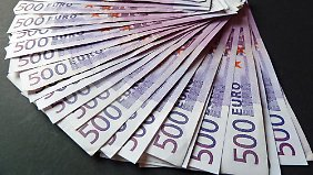 Geld ist da, es muss aber eine Weile reichen. Auszahlpläne helfen dabei.
