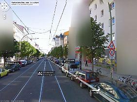 Links ein schönes Wohnhaus in Berlin Prenzlauer Berg. Und rechts?